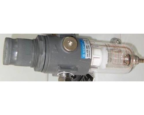 Hydraulický ventil a vzduchový filtr
